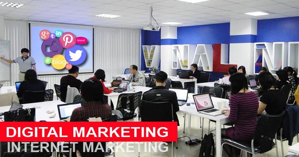yêu cầu khi tham gia khóa học Marketing